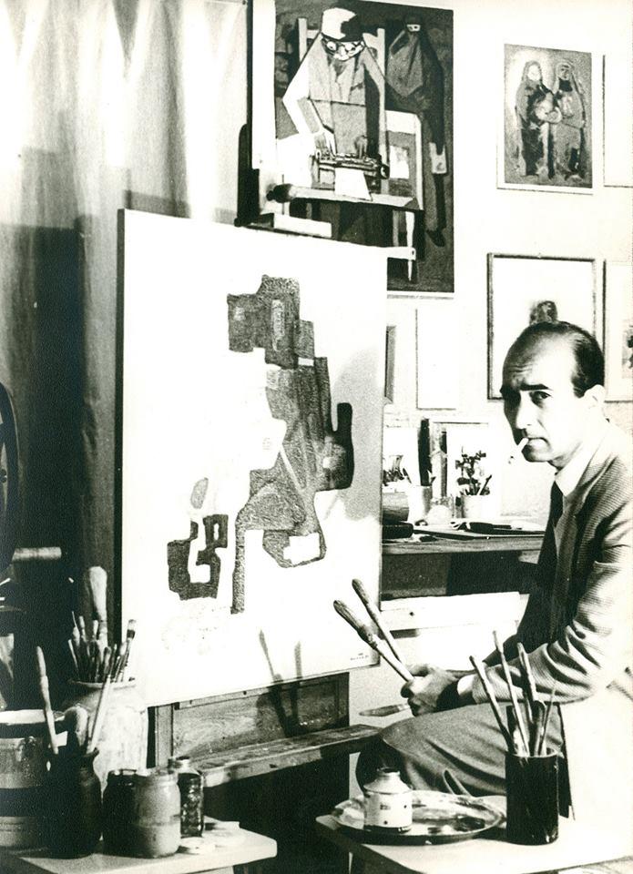 محمود حماد في مرسمه بدمشق في منتصف الستينيات