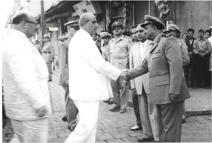 توفيق نظام الدين يرحب بـ شكري القوتلي قبل أداء صلاة العيد الأضحى عام 1957م