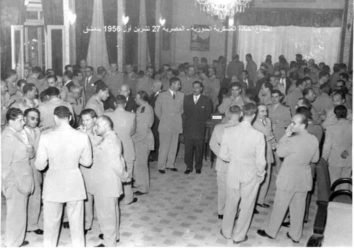 توفيق نظام الدين رئيس الأركان السوري يستقبل عبد الحكيم عامر ومرافقيه عام 1956