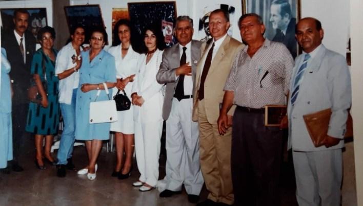 سلمان البدعيش وفؤاد حمزة مع بعض قيادات الهلال الأحمر من دمشق والسويداء عام 1996