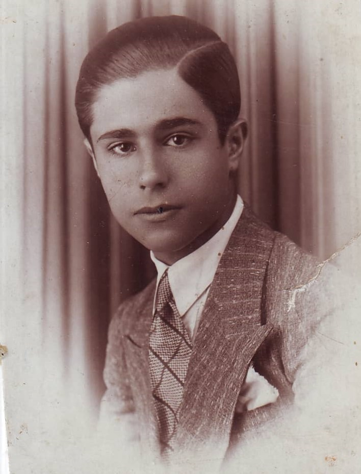 يوسف الدبيسي - السويداء عام 1937