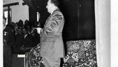 توفيق نظام الدين في حفل تخرج دورة آمر فصيل ميكانيك في دمشق 1955 (7/4)