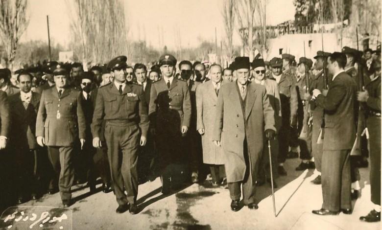 هاشم الأتاسي مع شوكت شقير وجمال الفيصل عام 1954
