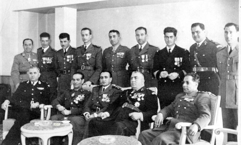 توفيق نظام الدين ومجموعة من ضباط الجيش 1954