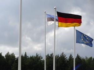 Flaggen im Hafen
