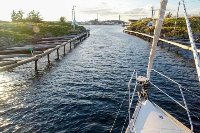 Enges Fahrwasser zum Hafen