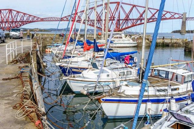 Hafen von Queensferry