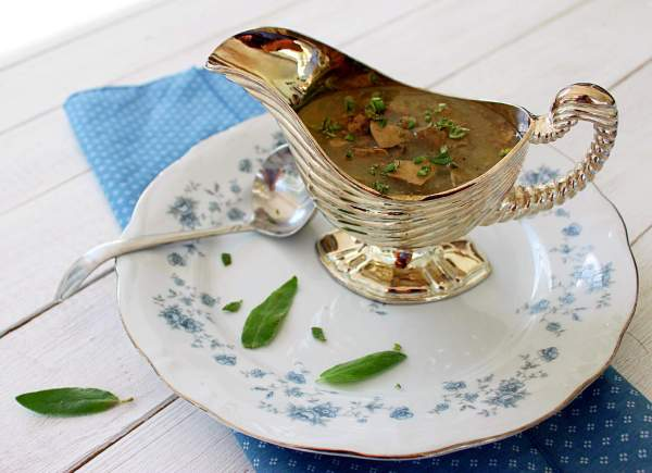 Giblet Gravy ~ Syrup and Biscuits
