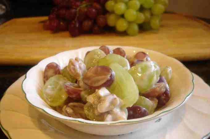 red and green grape salad 009