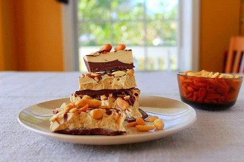 Peanut Butter Chocolate Bark ~ Syrup and Biscuits