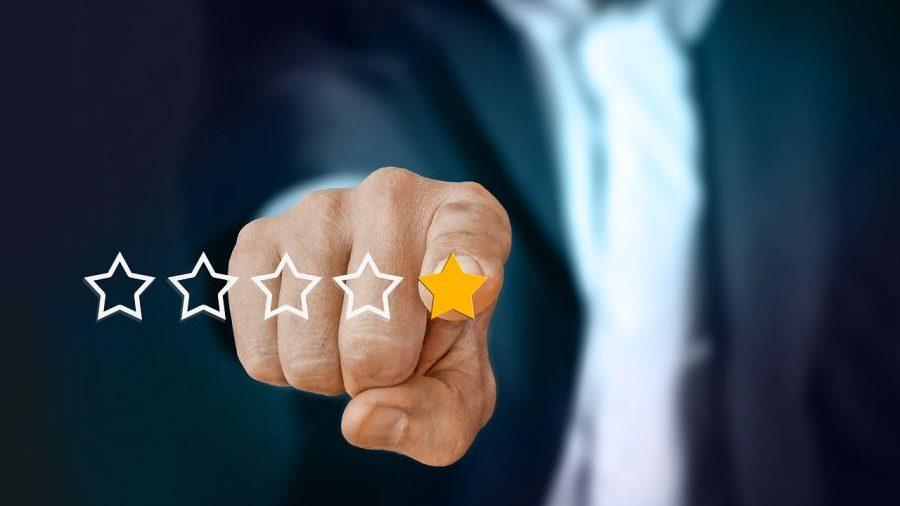 Recensioni false, multa salata per Tripadvisor: ecco come evitare contenuti ingannevoli