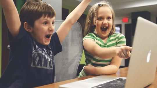 Come proteggere i bambini dai pericoli di Internet con un account Google su Chrome