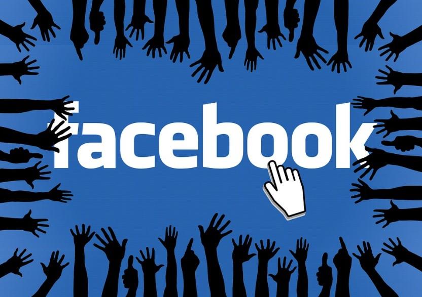 Come attivare e gestire i badge di un gruppo Facebook