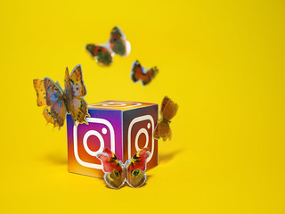 Cancellare e modificare gli Elementi Salvati nei post di Instagram