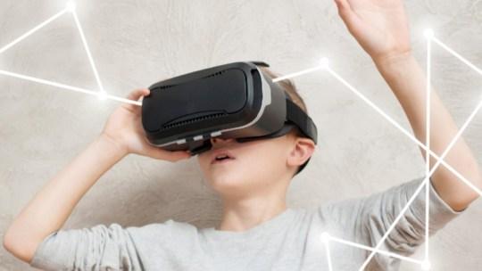 Questi sono i visori 3D per smartphone più costosi in vendita su Amazon