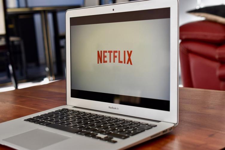 Como assistir Netflix, Amazon Prime e outros serviços com amigos online