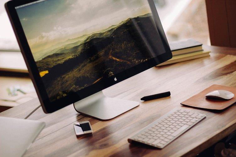 Como girar a tela do computador usando o teclado?