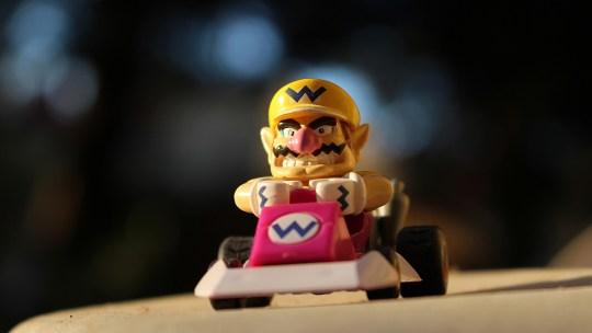 ¿Cómo jugar con otros usuarios en Mario Kart Tour?