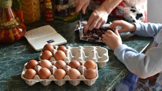 Cómo entretener a los niños en casa