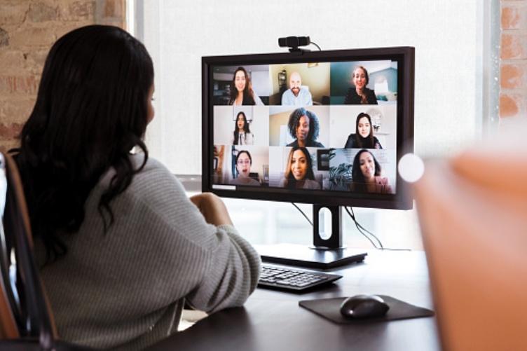 Cómo activar subtítulos en directo desde Microsoft Teams