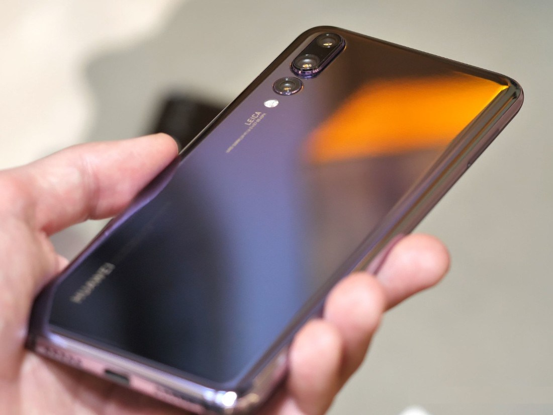 p20 handson 4 - القائمة الأولية لهواتف هواوي وأونور الذكية التي تستقبل تحديث أندرويد 9 وموعد التحديث