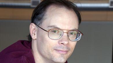 Tim Sweeney 01.0 - تعرف على ثروة رئيس شركة Epic Games التي صنعت لعبة فورتنايت (لن تصدق)
