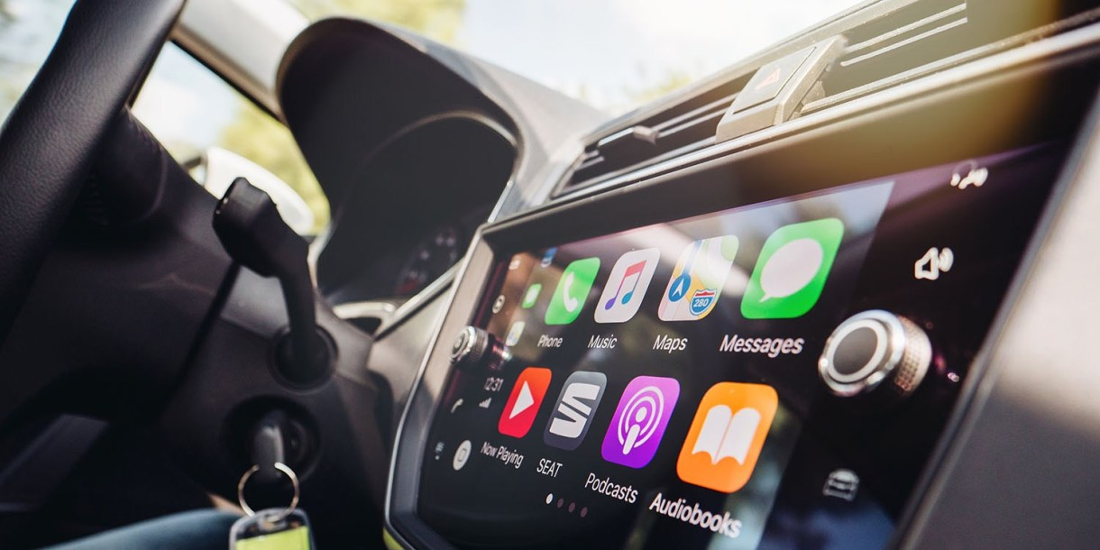 """annual CarPlay subscription - فتح السيارة بـ""""الآيفون"""" أحد مميزات النسخة التجريبية من نظام التشغيل iOS 13.4"""