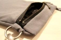 Like pen inni som utenpå - foret og glidelåsen er både pene og praktiske