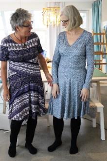 Samme mønster - helt forskjellige kjoler.