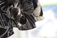 En helt nydelig og sterk søm danner en lekker avslutning på kjolen