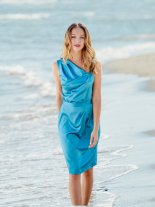 Nydelig kjole til sommerensfester