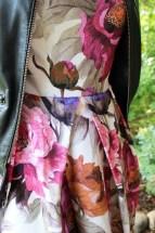 """Leggene gir ikke noe """"strutt"""" på magen, men er en lekker detalje og ser litt haute couture ut"""
