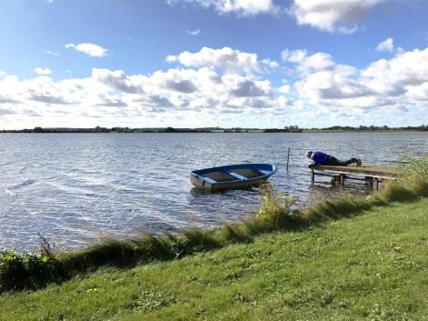 Høyvann og solskinn - perfekt dag og ta båten opp for vinteren