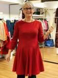 Passer denne fasongen til meg? Hvorfor ikke prøve en kjole og se?