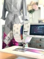 Megakult når symaskinens design matcher det antrekk du har sydd....Love it