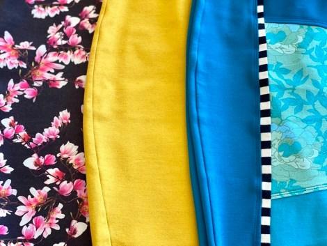 Om du ellers har en nøytral fargepalett på din garderobe så kan et fargesprakende skjørt vært et kult statement