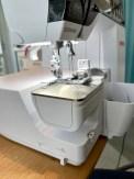 Jeg valgte å avmontere det store sybordet og bruke friarmen på maskinen