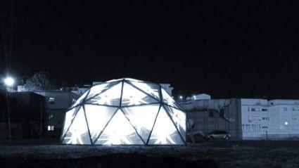 La geodetica durante il videomapping a cura di Coolframe