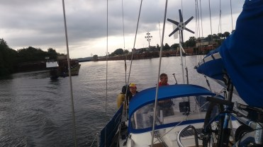 And we were out from the lock before no time. We hardly even saw the change in the water level.