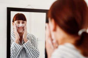 Grooming & Beauty Tips To Keep In Mind During Coronavirus