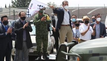 Distribuyen material electoral  con custodia de las fuerzas armadas