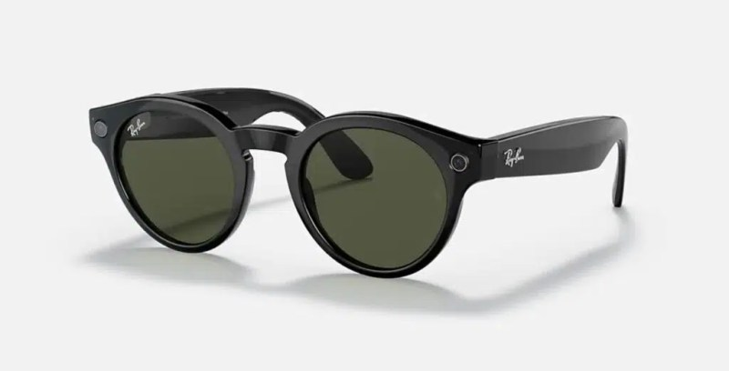 Stories, Ray-Ban and Facebook smart glasses