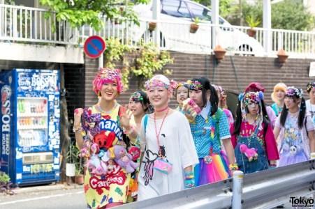 harajuku-decora-fashion-walk-15-053-600x400