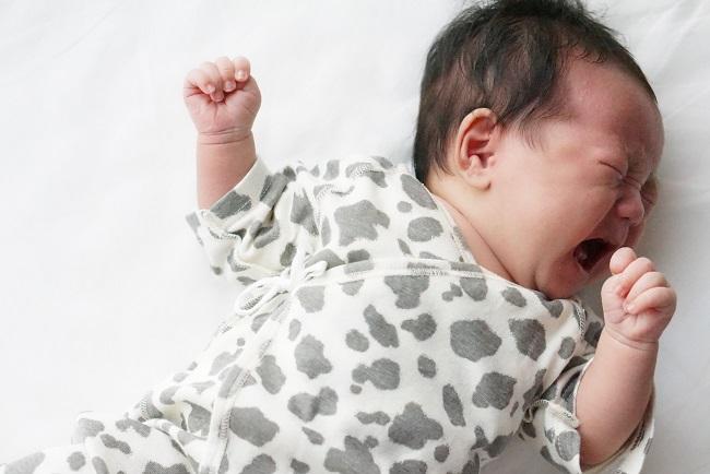 生まれたばかりの赤ちゃんの寝かしつけのコツ