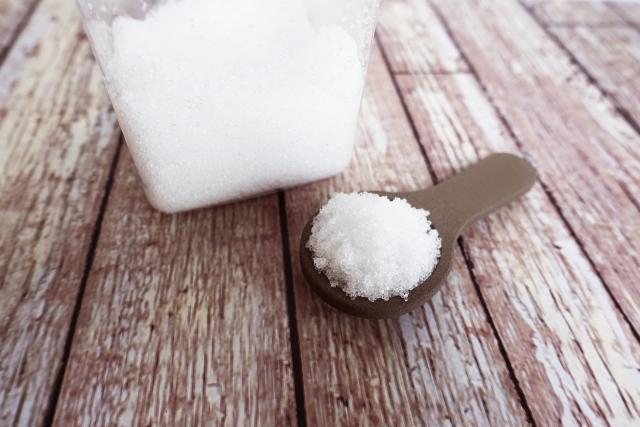 砂糖に珪藻土スプーンを入れると固まる