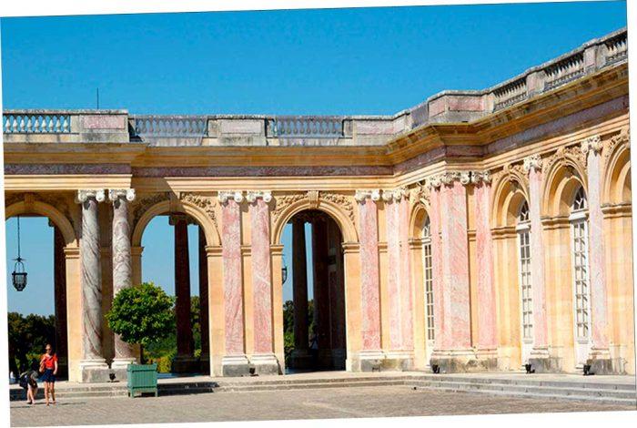 Выставка в Версале