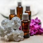 GAIA(ガイア)の35%オフに惹かれてラベンダーとティーツリー、マカダミアナッツ油を購入。手作り化粧水とノンケミ軟膏にする予定。