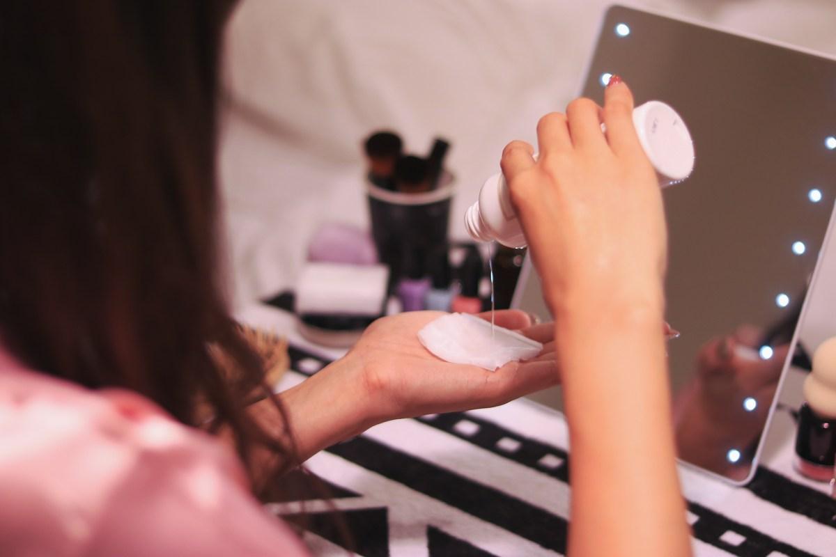 赤ら顔用化粧水の比較【2018年】酒さや顔の赤み、毛細血管拡張の悩みに答える化粧水のまとめ。