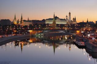 Moszkva, Kreml, - hajnalban