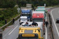 Calais - Magyar kamion támadás alatt 4